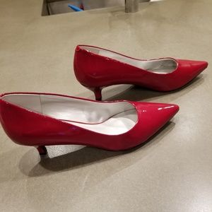 Trotters Red Patent Leather Kitten Heels